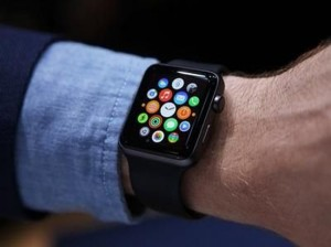 苹果正式发布Watch OS 2 因故障延迟