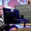 """霍金警告人类处于最危险时期 必须""""重新再教育"""""""