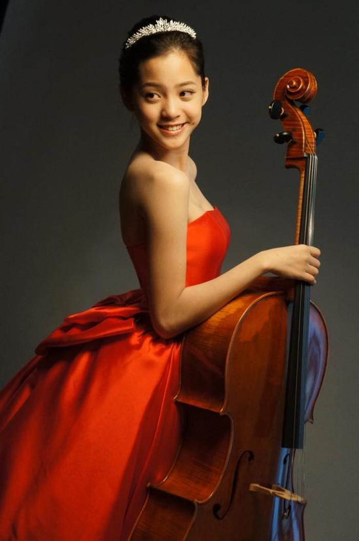 台湾15岁小才女 欧阳娜娜