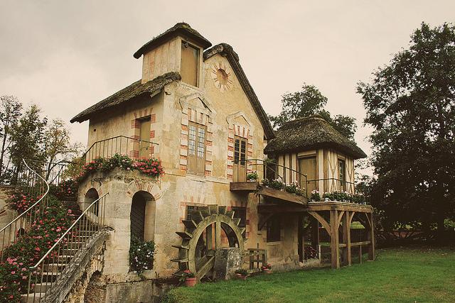 房子70年产权归属