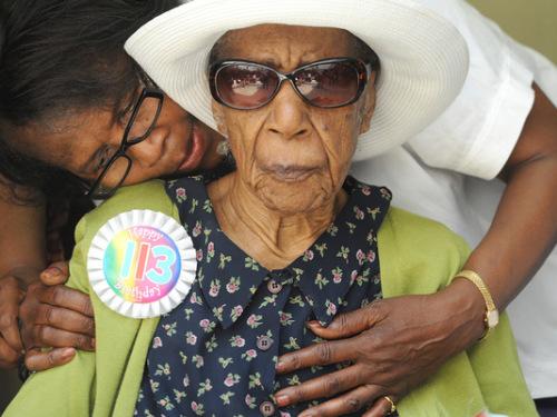 116岁长寿老人苏珊娜于1899年7月6日出生在阿拉巴马州