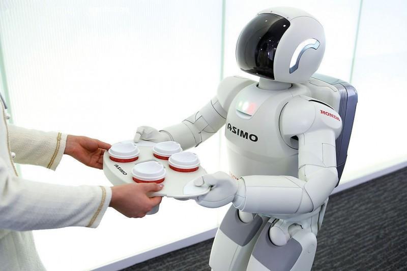 机器人逐步取代人类工作