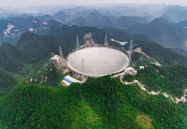 中国建成全球最大单体射电望远镜 管地球变成了管宇宙