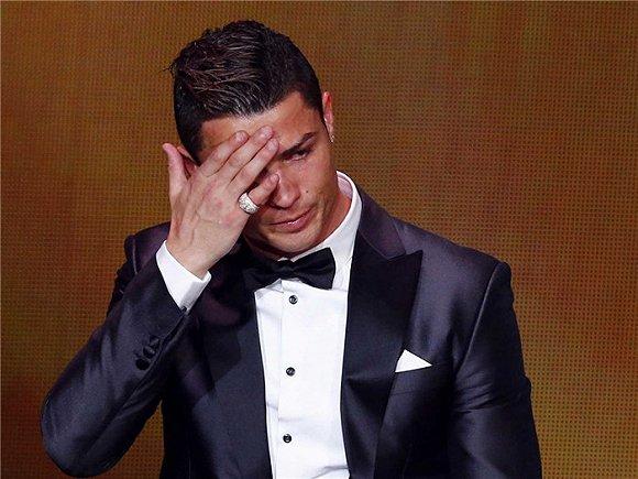 全球收入最高体育明星C罗的惬意人生 羡慕嫉妒但不恨