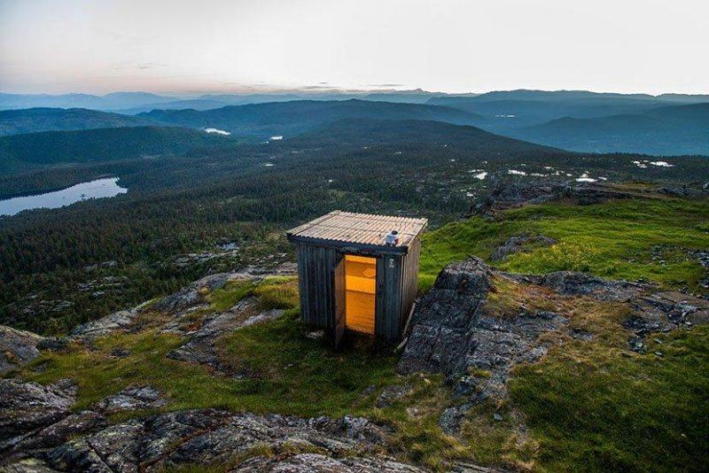 挪威野外厕所